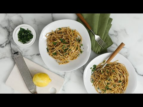 Whole-Wheat Pasta With Garlic And Olive Oil - Martha Stewart