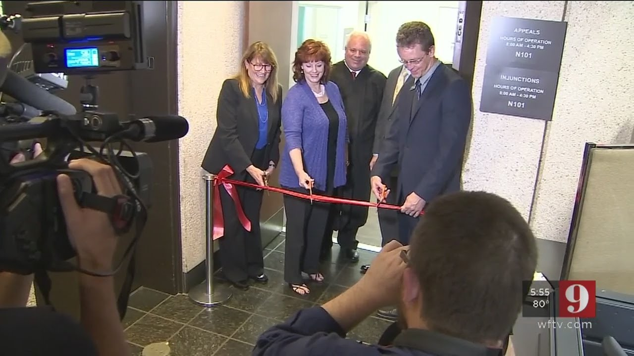 Video: Seminole County Clerk of Courts unveils domestic violence office
