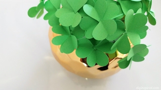 Instructions for How to Make Paper Four Leaf Clovers for St. Patric...