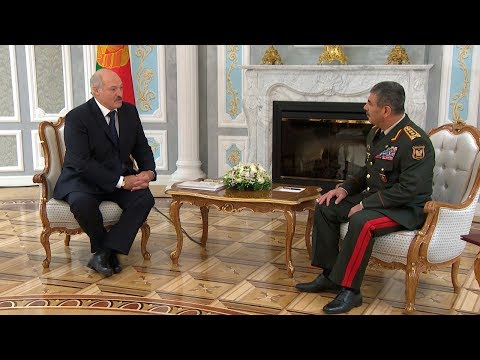 Лукашенко встретился с министром обороны Азербайджана Закиром Гасановым