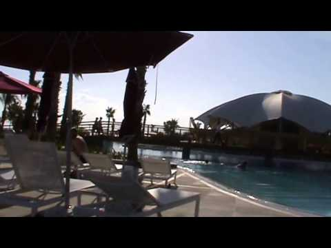 RIU Kaya Palazzo Belek Tuerkei Antalya Pool Essen Luxushotel Hotel vom Pool aus