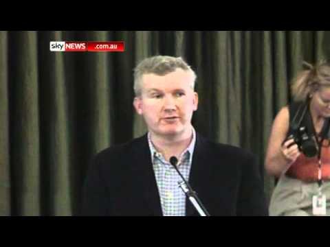 Burke, Abbott hear from basin communities