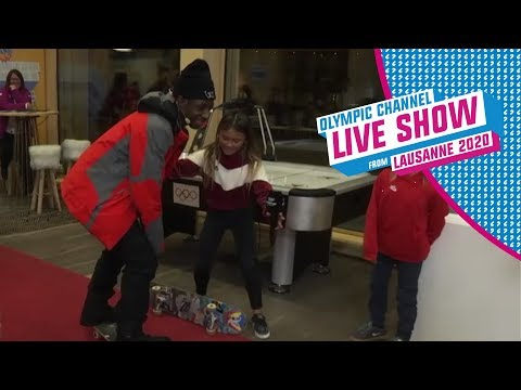 TBJZL learns to skate with Sky Brown | Live Show | Lausanne 2020