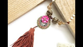 How-To Jewelry Video : Flower Power Necklace