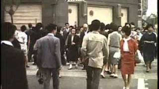 A Japanese family wakes up in Tokyo and goes to work. Great postwar...