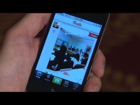 Social app Path debuts on iPhone
