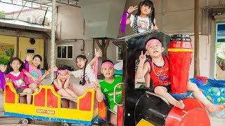 Kids Go To School | Chuns With Best Friends Play In Fairy Garden Children's Fun Game