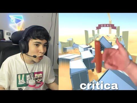 * lo critica *