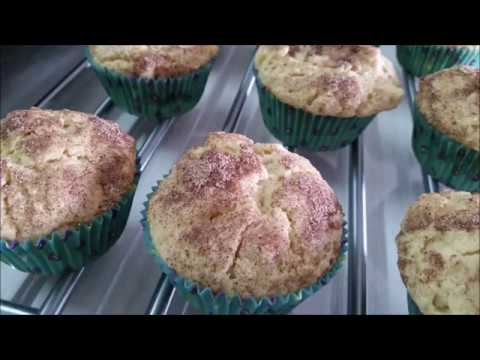 Apple Oat with Cinnamon Sugar Topping Muffins
