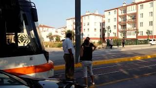 eskişehirde tramvayı kadın durdurdu