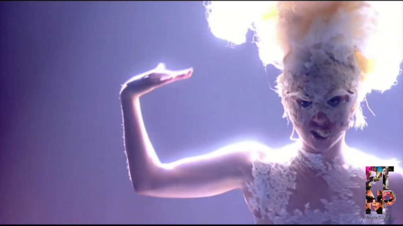 LADY GAGA live at Brit Awards performing Dance in the Dark