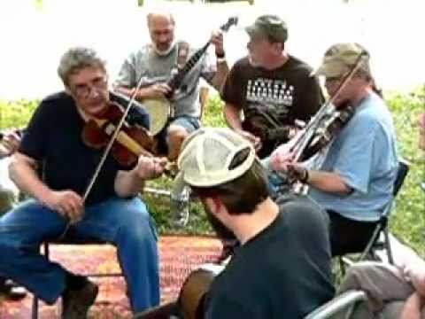 """Indiana Fiddlers' Gathering 2012 - Lynn """"Chirps"""" Smith and Garry Harrison"""