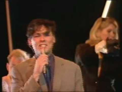 Associates-Club country