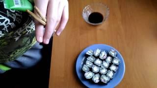Как сделать суши из крабовых палочек и огурца за 10 минут.