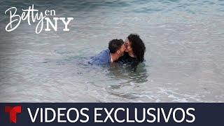 Betty en NY   La escena de amor entre Armando y Betty se convirtió en una de terror   Telemundo