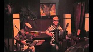 鈴木常吉(vo, acc, g)+桜井芳樹(g, ban) 2011年8月20日 渋谷dress...