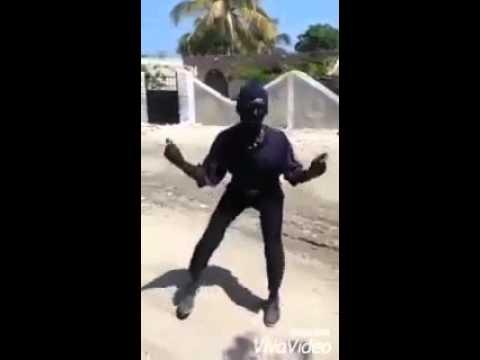 neguin dançando terel tel tel DJ MARCOS BOY