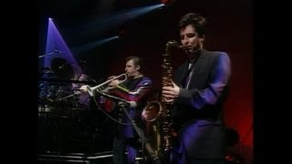 Level 42 - Leaving Me Now (Live at the Town and Country Club, 1992)