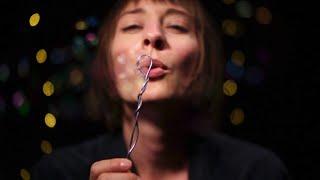 Lisa Akuah - Bubbles