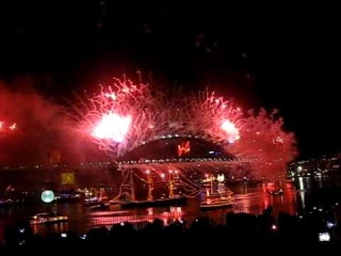 Sydney Fireworks 2011 - Happy New Year!