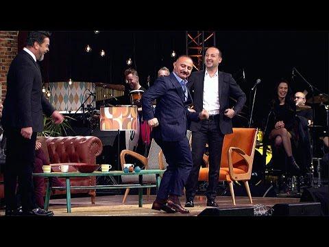 Beyaz Show- Erdal Bakkal Dansı çok Güldürdü!