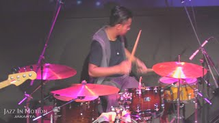 Gugun Blues Shelter - Captain Morgan @ Motion Blue Jakarta 28/5/16 [HD]