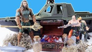 Аквамен вступає в бій проти піратів! Іграшки для хлопчиків