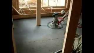 Укладка полусухой стяжки на теплый пол(Укладка раствора полусухой стяжки пола производится при помощи бетононасоса по заранее установленным..., 2013-07-09T14:39:02.000Z)