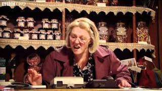 Mrs Busy Lady and the Answerphone - Watson and Oliver - Episode 4 - BBC Two