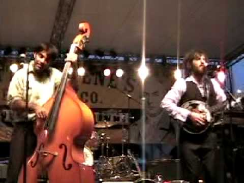 Avett Brothers Greensboro 9/9/06  Talking Blues