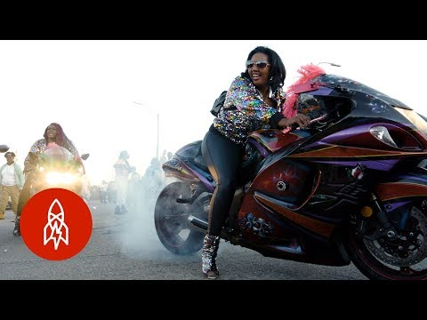 Riding With New Orleans's All-Female Motorcycle Club