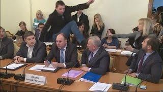 Парасюк ЖЕСТКО ударил ногой в голову Генерала СБУ.