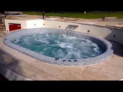 Bespoke Tiled Hot Tub