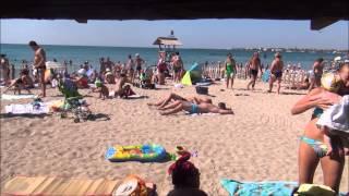 г.Евпатория, новый пляж, 10 августа 2015г.(Многие Украинцы и укро-СМИ пишут, что после того, как Россия вернула себе Крым - там пустые пляжи со всеми..., 2015-08-10T10:44:03.000Z)