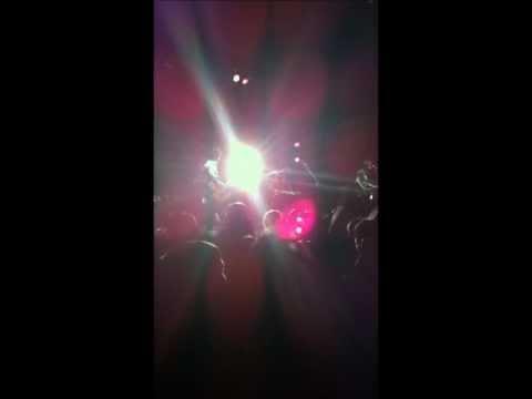 Los Bunkers - Tú (en vivo en Punta Arenas).wmv
