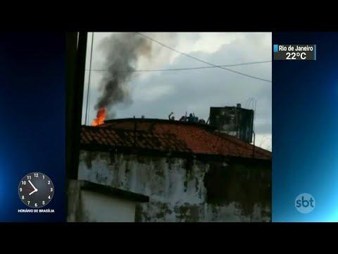 Oito detentos fogem durante rebelião no Presídio de Bragança, no PA   SBT Brasil (16/04/18)
