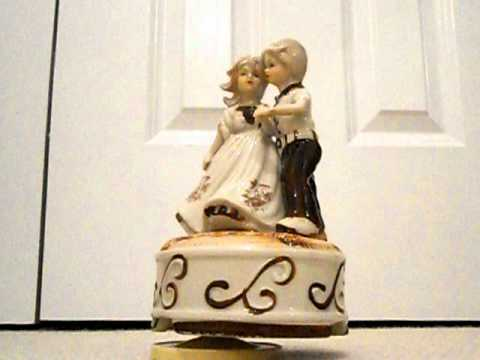 Musical Figurines Ornament