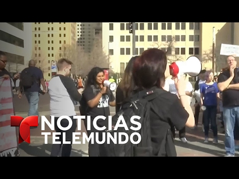 Las protestas se hacen sentir en Dallas   Noticiero   Noticias Telemundo