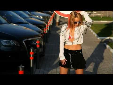 Кто придумывает клипы Леди Гаги, Мадонны, Рианны, Бритни Спирс?