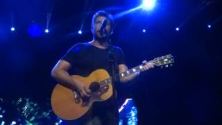 "Brett Eldredge sings ""If You Were My Girl"" live at PNC Music Pavilion"