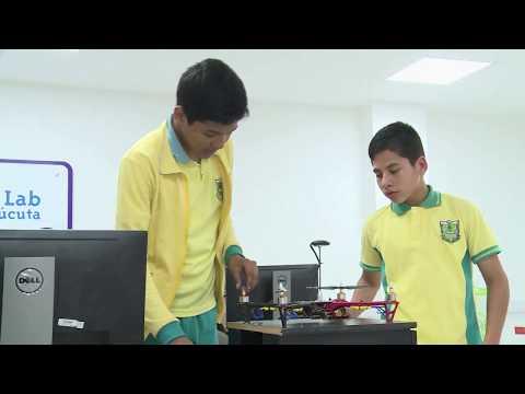 Estudiantes cucuteños crean drones en el Punto Vive Digital | #ViveDigitalTV C15 N2
