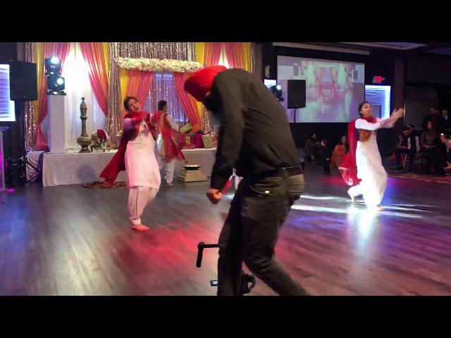 Sunehri Pippal Pattian Gidha Performance