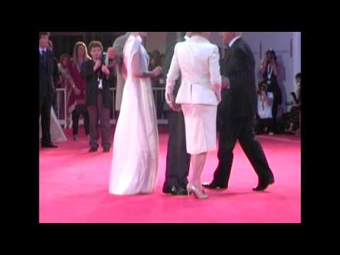 "Thumbnail: Meryl Streep - Anne Hathaway - Stanley Tucci (""The Devil Wears Prada"" Red Carpet - Venice 63)"