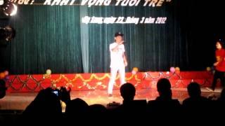 Văn nghệ - THPT Chuyên Hạ Long 26/3/2012 - 11 Văn