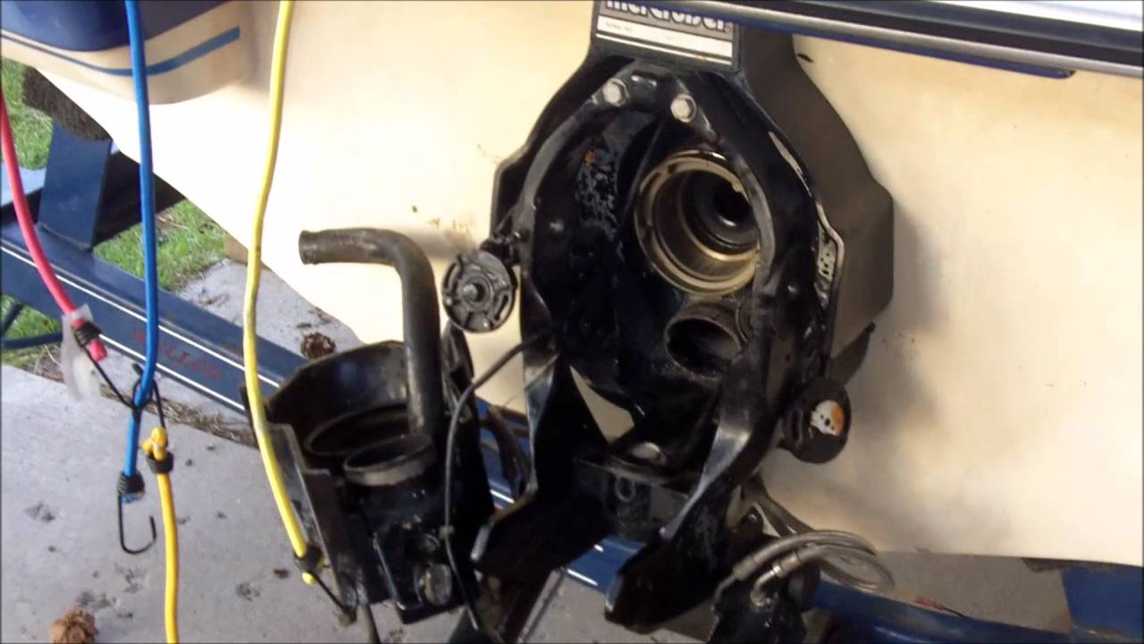 mercruiser alpha one bellows gimble shift cable repair part 2 youtube [ 1280 x 720 Pixel ]
