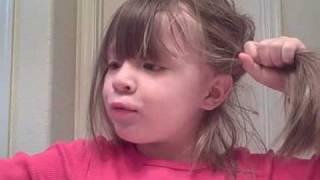 Mariahs Hair Tutorial *Two Pigtails*