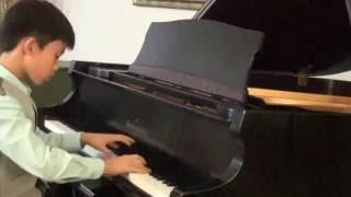S. Rachmaninoff. Flight of the Bumblebee (adopt. R. Isaacs) Ryan Rao, 10 y.o.