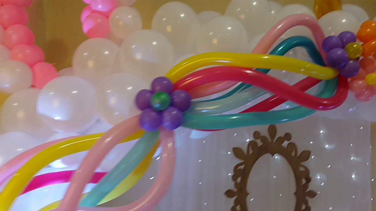 Decoraci n con globos unicornio youtube - Como decorar columnas ...