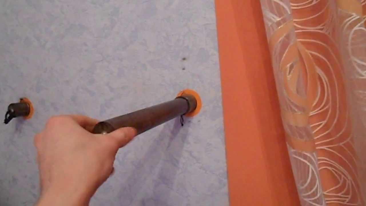 Универсальный тренажер. Меняет положение из турника в брусья за считанные секунды. Множество упражнений на одном снаряде.