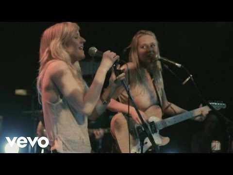 Lissie - Everywhere I Go (Live at Brighton Great Escape 2010) ft. Ellie Goulding
